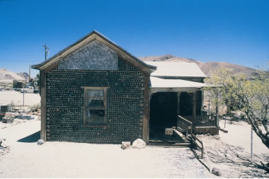 House near Rhyolite was constructed of bottles.
